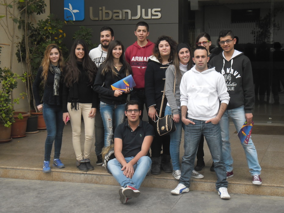 In front of LibanJus offices